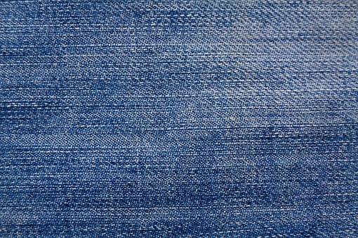 jeansy-z-perekami.jpg