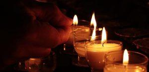 Przyjemny wypoczynek ze świecami Kringle Candle